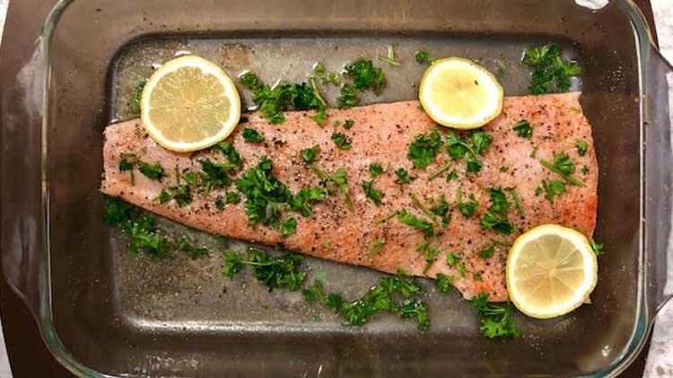 Pan-Seared Lemon Salmon